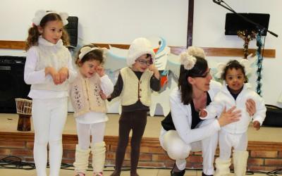 Une petite fête de noël ! actualité maternelle Actualité Maternelle petite fete de noel 19 web 400x250