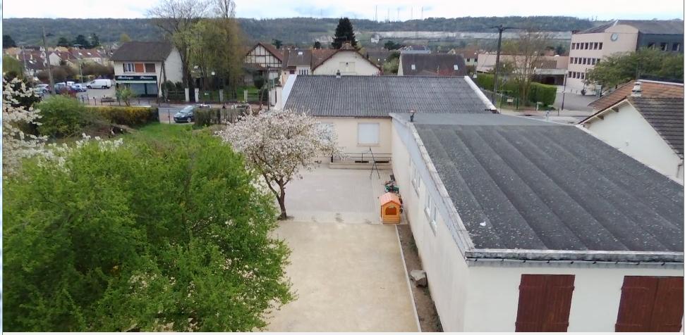 sample page Participez à l'agrandissement des locaux du groupe scolaire mathurin cordier vu du haut