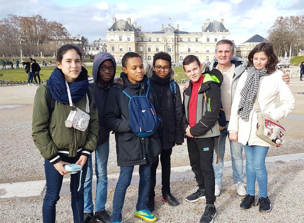 Visite de Paris avec la classe de 4ème 001 20190207 165617 école privée protestante Accueil 001 20190207 165617